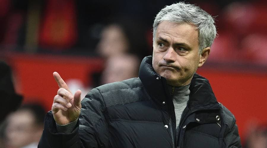 Manchester United stars expect Jose Mourinho to sign another striker