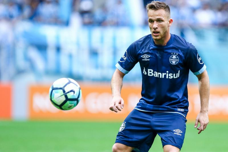 Barcelona and Gremio officials to meet next week for Arthur talks