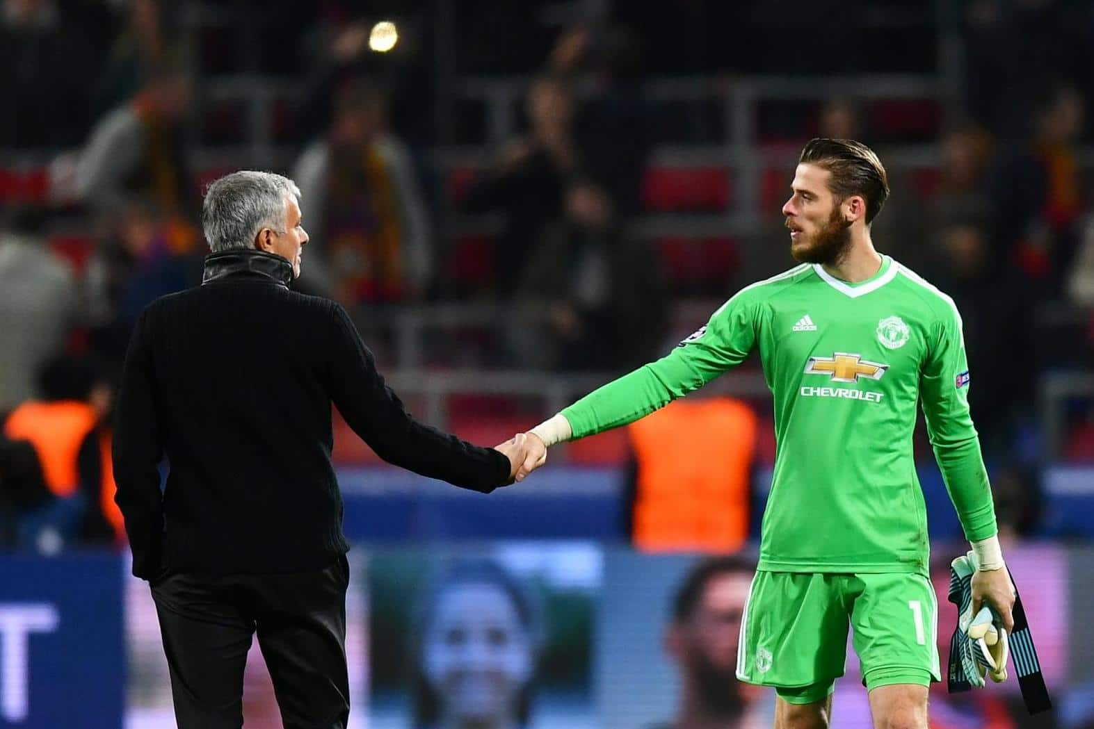 Manchester United players surprised by Mourinho's David de Gea joke!