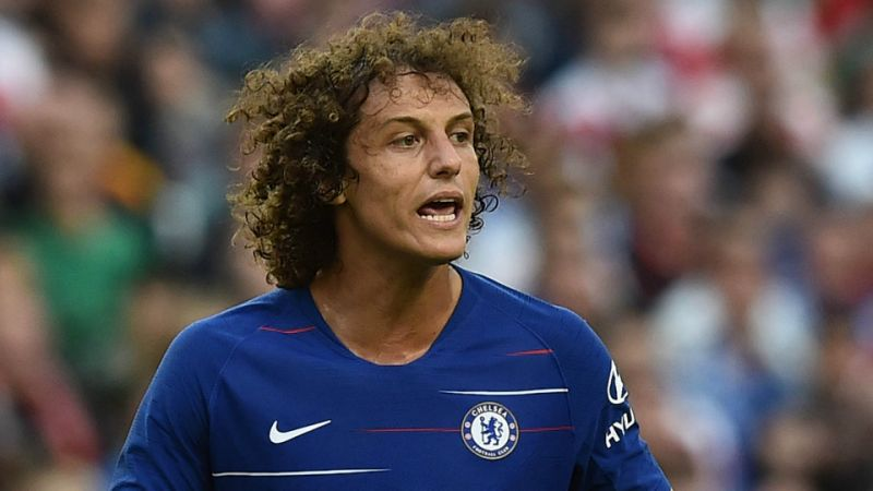 Chelsea defender hails Sarri despite exit talks