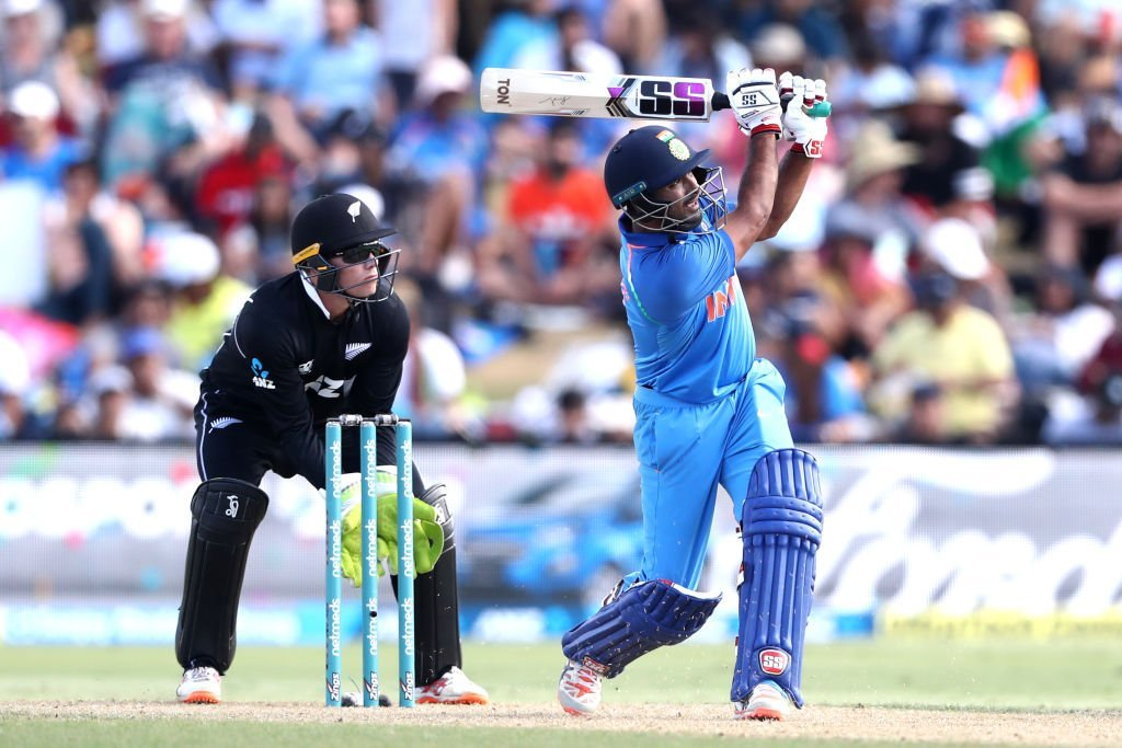 MS Dhoni Stumps Ross Taylor During IND vs NZ 2nd ODI 2019 Match