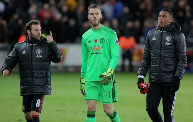 Revealed: What David de Gea said to his teammates after Barcelona mistake!