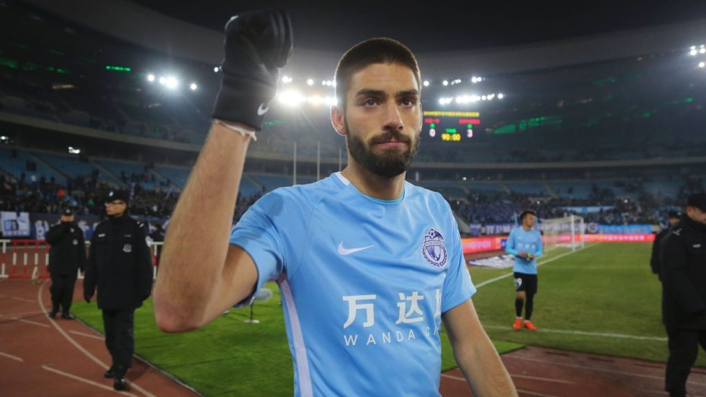 Yannick Carrasco Open To Move Back To Europe Arsenal On Red Alert