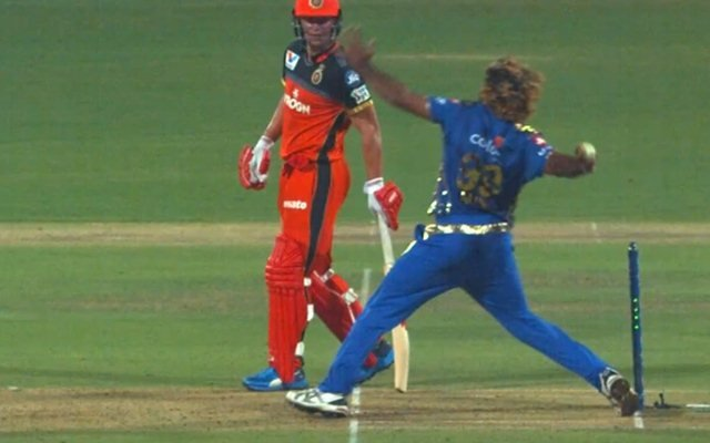 Lasith-malinga's no-ball review scene-IPL-the12thman