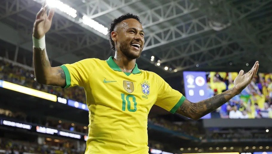 Barcelona legend opens up on massive argument with Neymar over forward's on-field attitude