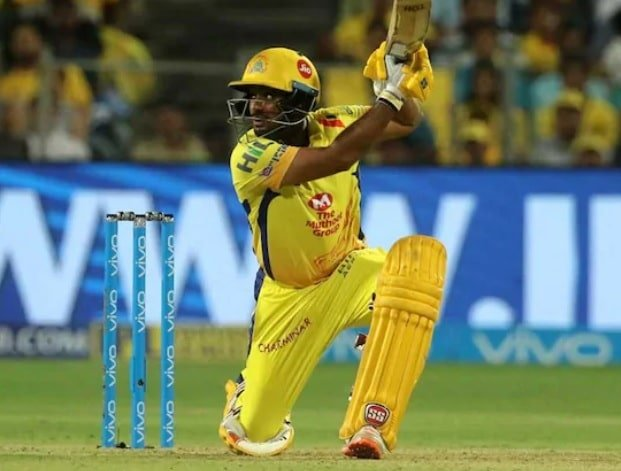 Ambati Rayudu goes missing during strategic time out in CSK vs RCB game